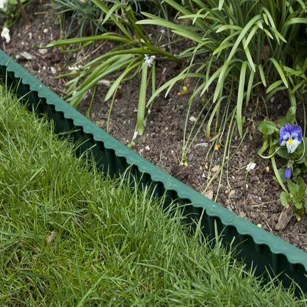 Plastic Garden Edging Masters : How to install plastic landscape edging apps directories