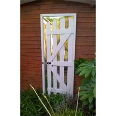 Parallax Gate Door Garden Mirror