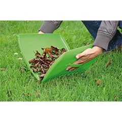 Terra Pair of Plastic Garden Leaf Grabbers