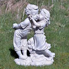 Boy And Girl Kissing Garden Statue - 49cm Height