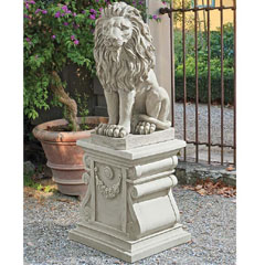 Design Toscano Classic Lion Sitting Garden Statue