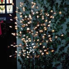 Gardman Solar Snowflake Tree - 120 LED