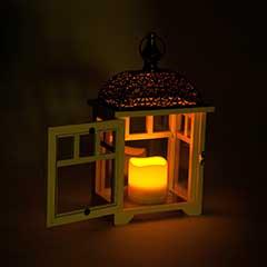 Gardman The Bamburgh Lantern